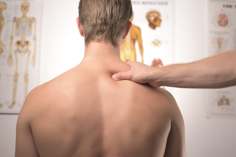 Osteopaatti hoitaa
